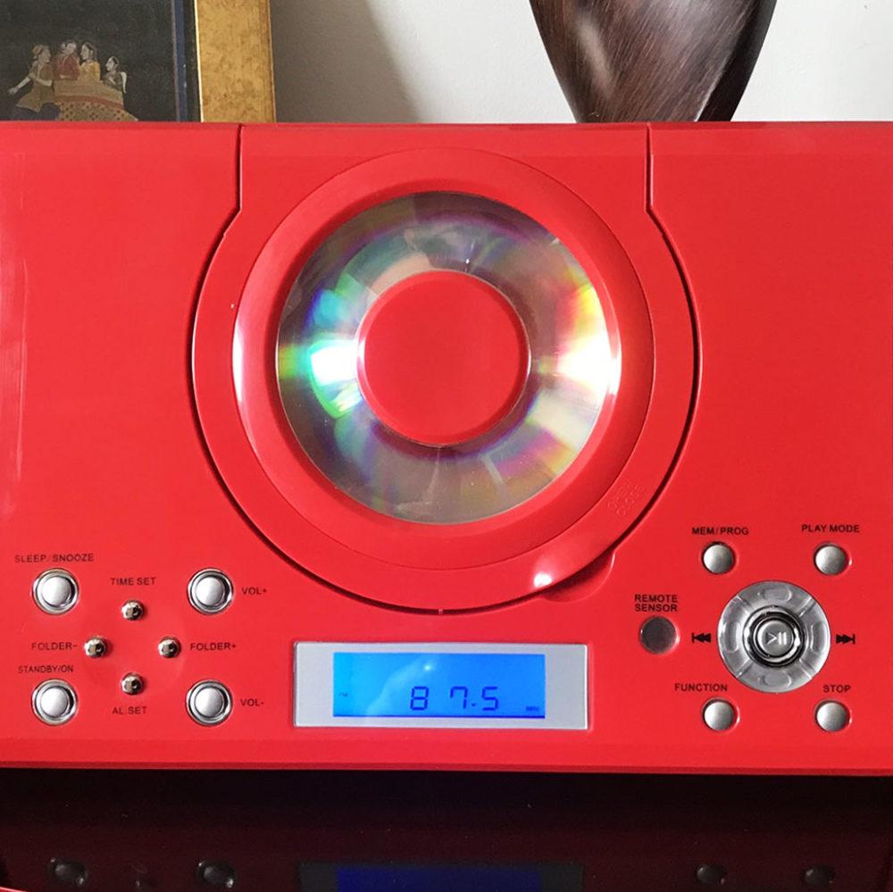 GTMC-101 RED CLOSE UP